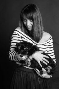 черно белая фотосессия с собакой киев